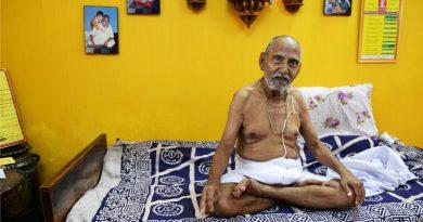 Un hombre de 120 años dice ser el más viejo del mundo y busca el récord Guinness