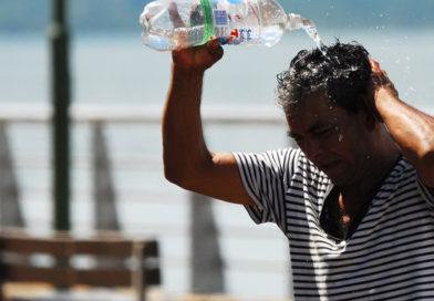 Vecinos denuncian falta de agua en sus barrios, y Samsa dice que no hubo cortes del servicio