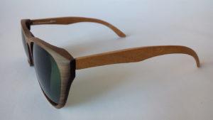 Un grupo de misioneros y correntinos crea productos de diseño a partir del descarte de la industria forestal