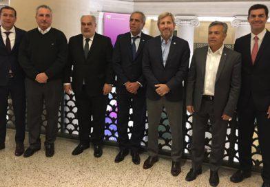 #CadaVezMásPRO: Passalacqua viajó a EEUU con gobernadores oficialistas