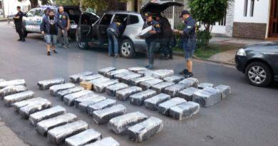 Alto funcionario de la EBY es investigado en una causa por drogas