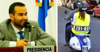 """Velazquez calificó de """"disparate"""" a la identificación de motoqueros"""