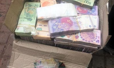 Posadas: quiso retirar una encomienda con pesos y dólares y fue demorada