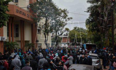 Policías y gobierno se sientan a la mesa el miércoles para discutir salarios