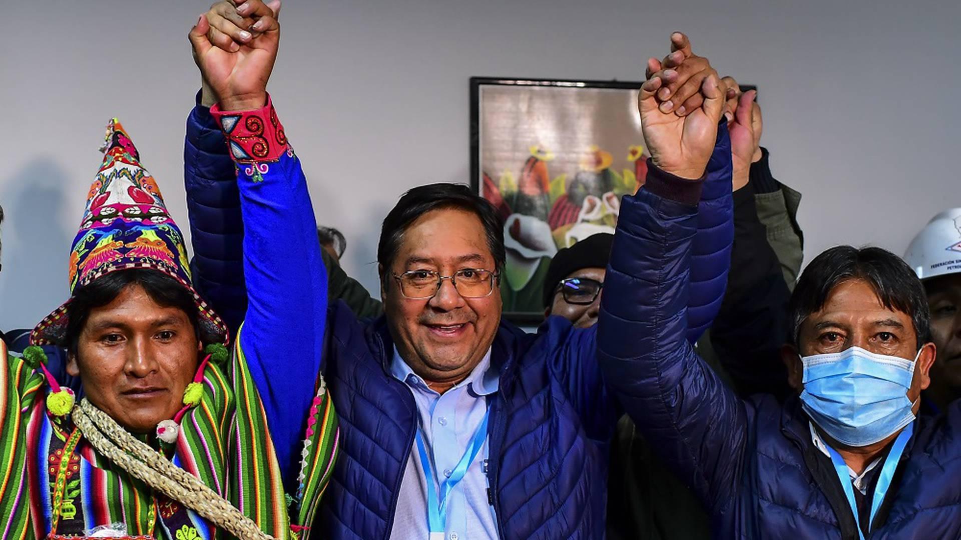 A casi un año del golpe, Bolivia eligió al candidato de Evo como presidente
