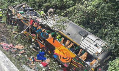 Se despistó un micro camino a Camboriú, hay 21 muertos y heridos graves