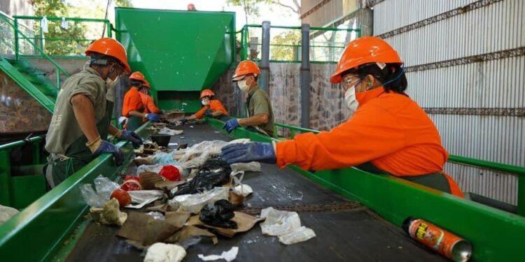 Tras ocho años, reabren la planta de reciclaje de Apóstoles