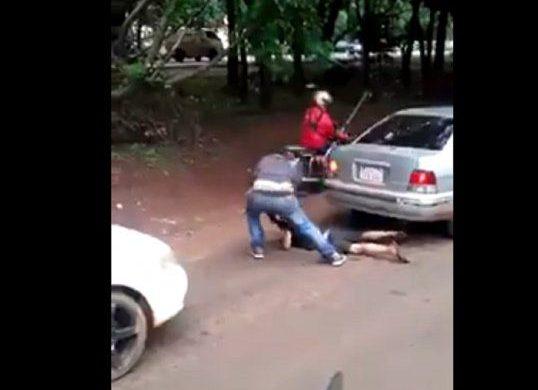 Brutal golpiza a un menor por robar una banana en Ciudad del Este