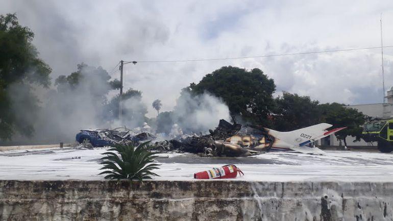 Seis muertos tras caída de una avioneta de la Fuerza Aérea en Paraguay