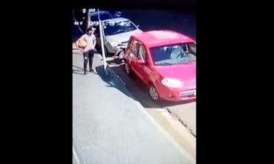 Captan a ladrón llevándose una moto en pleno centro de Posadas