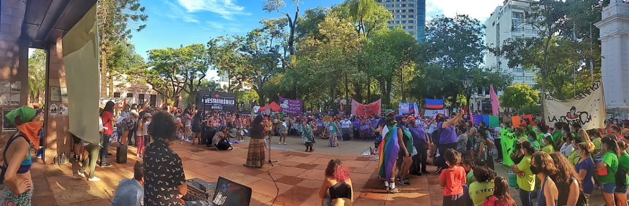 Masiva marcha en Posadas por el Día Internacional de la Mujer