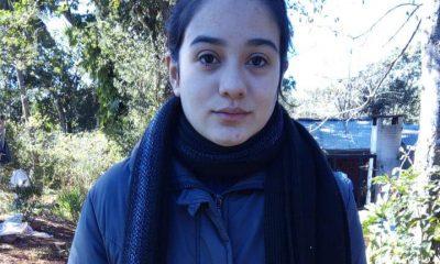 Donan a joven de El Alcázar los audífonos que perdió en incendio