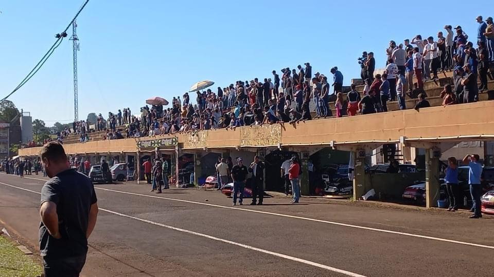 La Muni suspendió carrera y cerró el autódromo porque había 1.000 personas