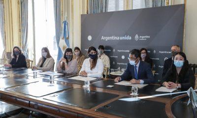 Huawei y el Centro de Géneros en Tecnología ofrecerán 600 becas para mujeres en Argentina
