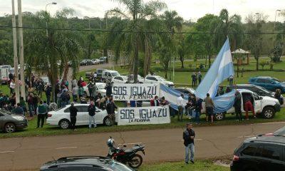 Iguazú se moviliza para exigir la reapertura del puente Tancredo Neves