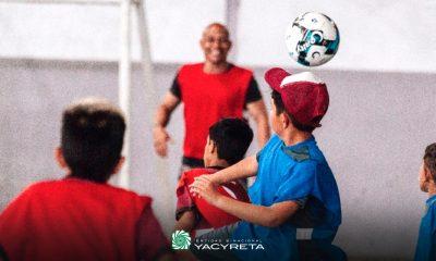 """Avanza el programa de Yacyretá: """"Clínicas de fútbol para la inclusión social y la promoción de valores"""""""