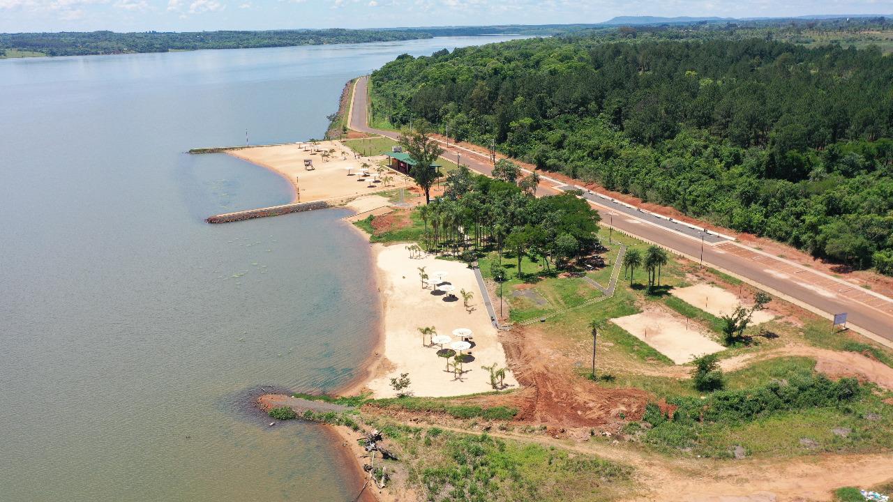 Yacyretá avanza con nuevas obras en la playa El Puma de Candelaria